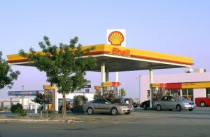Shell service station near lost hills, California, United States.