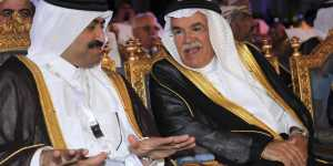 Saudi Oil Minister Ali al-Naimi (R) speaks with Qatari Minister of Energy and Industry Mohammed bin Saleh Al Sada and at the International Energy Agency (IEA) conference in Riyadh.